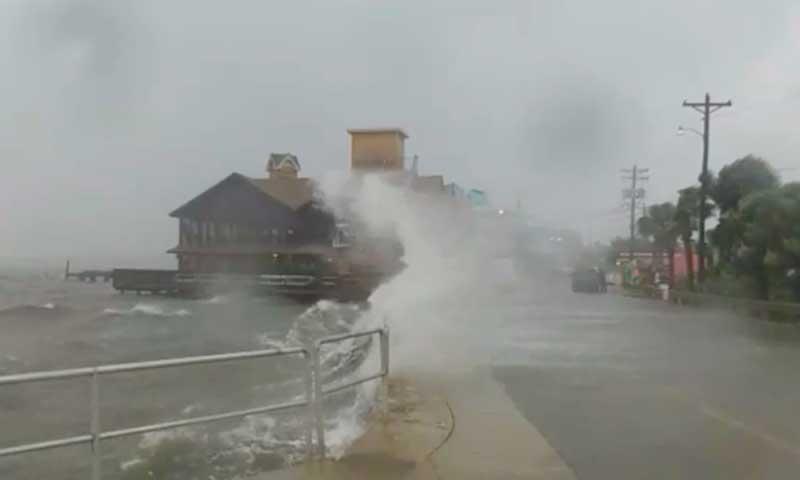 storm surge cedar key