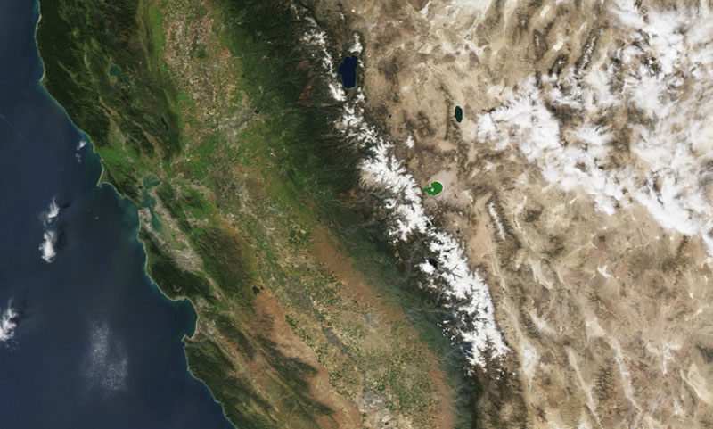 Low snowpack in California, March 2015