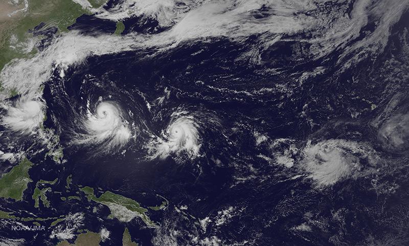 Tropical cyclones in the Pacific Ocean